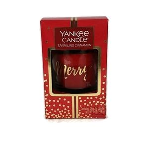 Yankee Candle Sparkling Cinnamon 70z Candle NOB